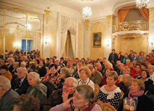велична зала Палацу Потоцьких зібрала чи не всю творчу інтеліґенцію Львова, шанувальників поезії та мистецтва. Фото з сайту МІОК-у