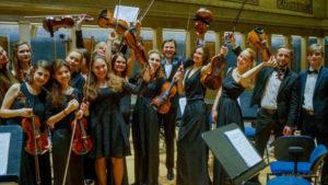 <strong>Оркестр «Нова мюнхенська філармонія», який виконав «Гуцульський триптих» М. Скорика</strong>. Фото Олега Павлюченкова
