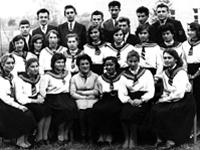 Педліцеїсти з вихователькою Галиною Криванською (1962 р.).