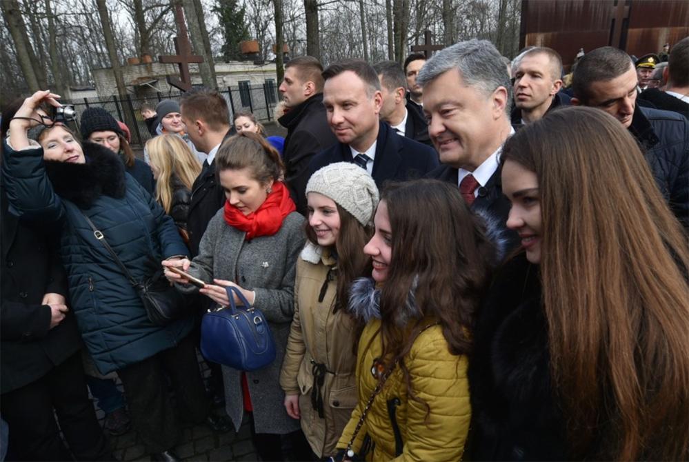 Анджей Дуда і Петро Порошенко під час зустрічі в Харкові. Фото з офіційної веб-сторінки Адміністрації президента України