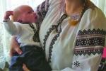 Мама Ксеня Мандрик із синочком Івасиком